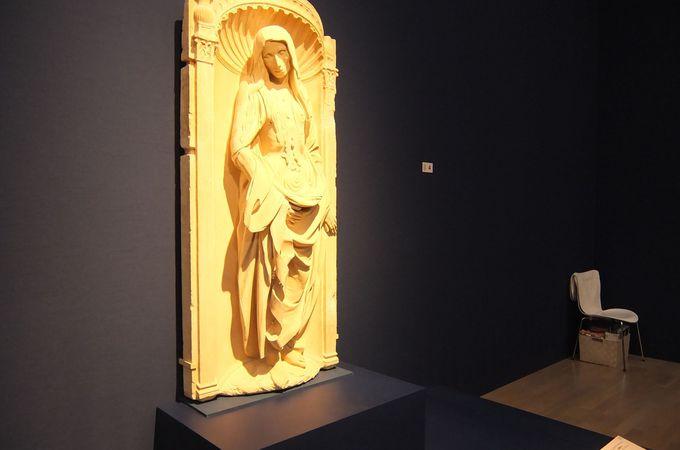 """ルーヴル美術館展の始まりは""""記憶のための肖像""""。肖像は愛する者の姿を留めるために作られた!"""