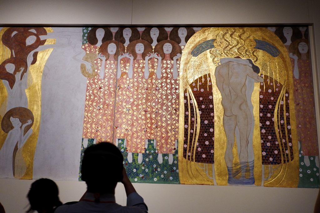 全長34メートルの壁画《ベートーヴェン・フリーズ》を再現!