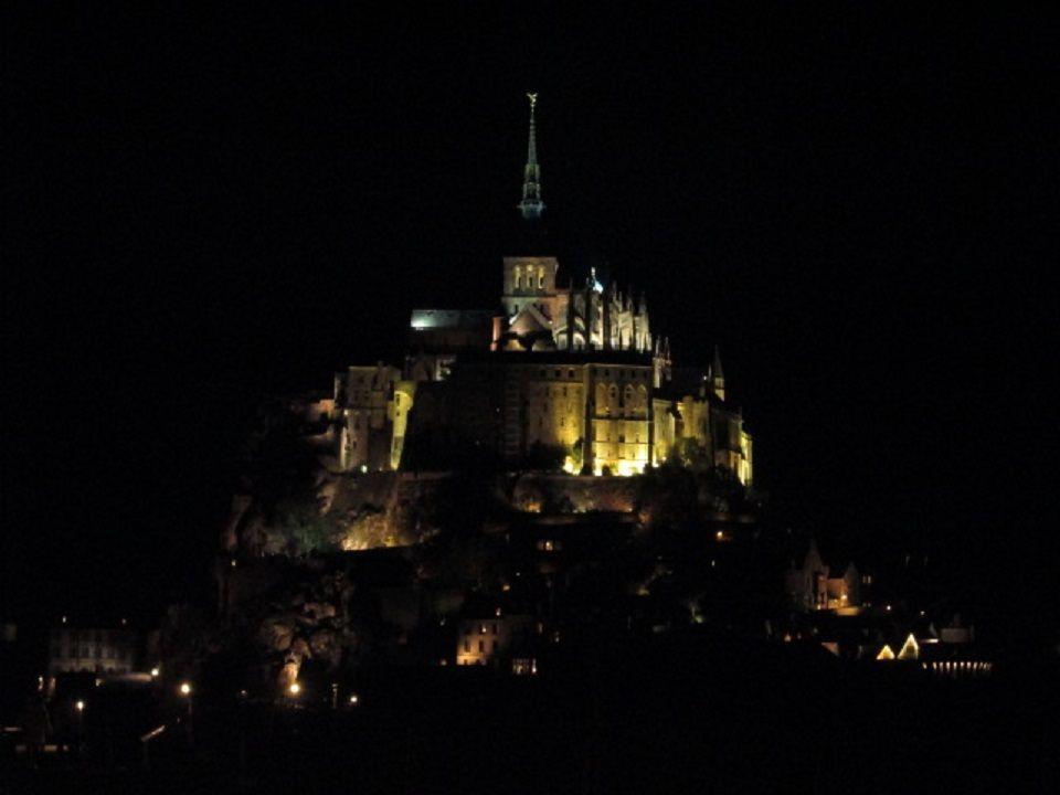 夜は思う存分モンサンミッシェルの夜景を満喫!