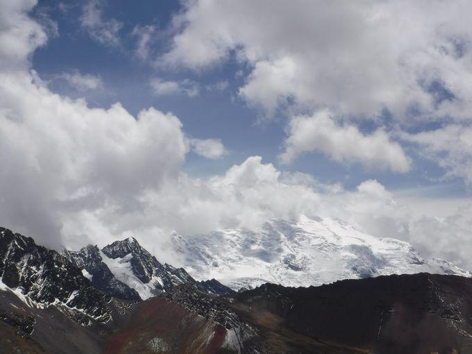 振り返れば雪山の絶景が!