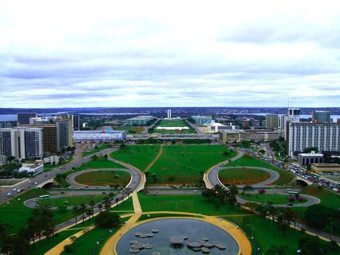 7.ブラジリアの現代建築(ブラジリア)