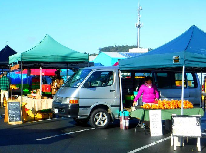 土曜日だけの「ファンガレイ・マーケット」で新鮮な野菜を手に入れよう!