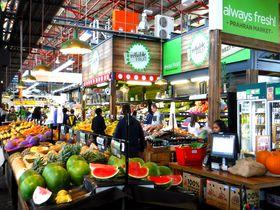 1864年開業!メルボルンのローカル老舗市場「プラーランマーケット」が熱い!