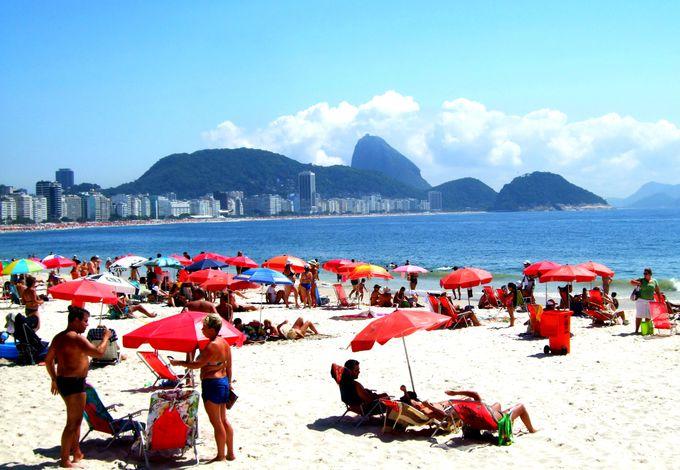 朝:コパカバーナ、イパネマでブラジルのビーチを堪能