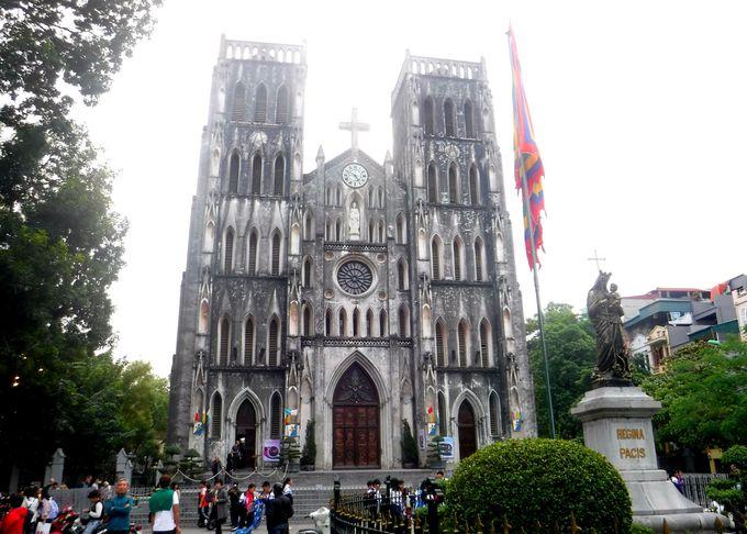 1日目午後:ハノイのシンボル「ハノイ大教会」を見学しよう!