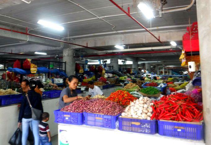バリ島最大規模のローカルマーケット「バドゥン市場」