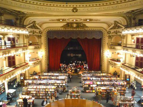 ブエノスアイレスの本屋「エル・アテネオ」が美しすぎる!