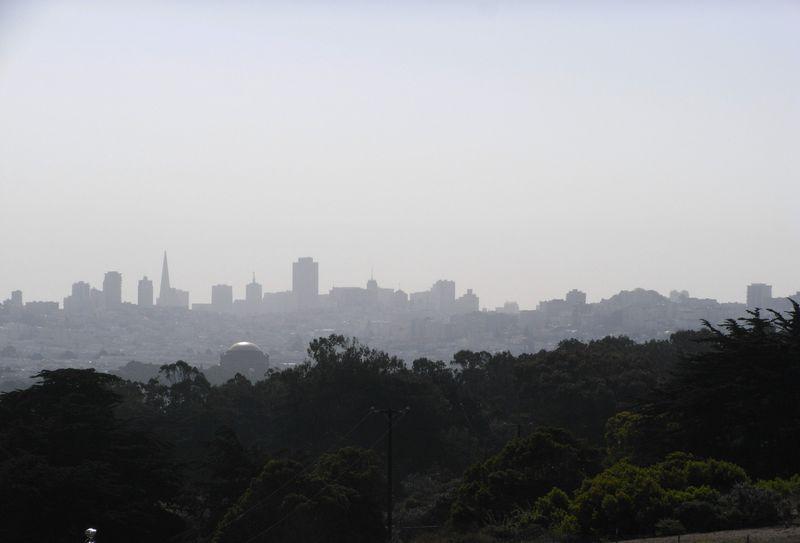 """""""霧の街""""サンフランシスコ!ゴールデンゲートブリッジを歩き ダウンタウンを眺める!"""