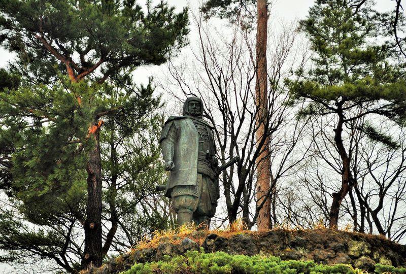 謙信公のパワーがスゴい!新潟・上越市 春日山の神社と城跡