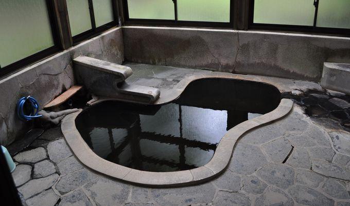 ひょうたん風呂は男性用