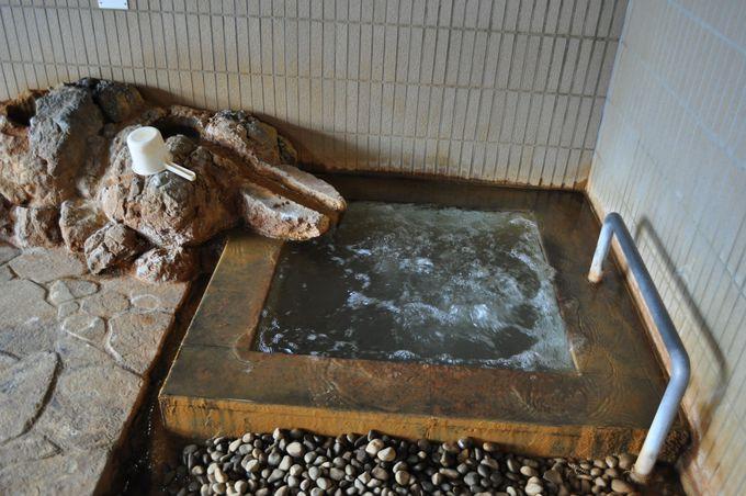 内湯の源泉バイブラバスを