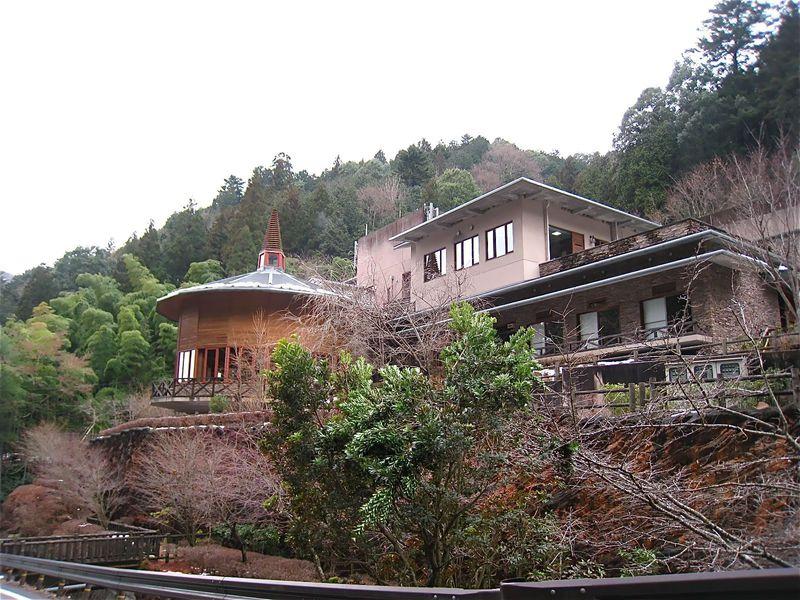 東京・奥多摩にある天然温泉で「つるつる&すべすべ美人」に大変身?!「生涯青春の湯 つるつる温泉」