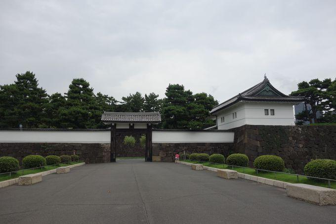 1.外桜田門(桜田門)