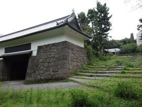 都心で気軽な歴史散歩、皇居ランナーに交じって江戸城城門巡り!