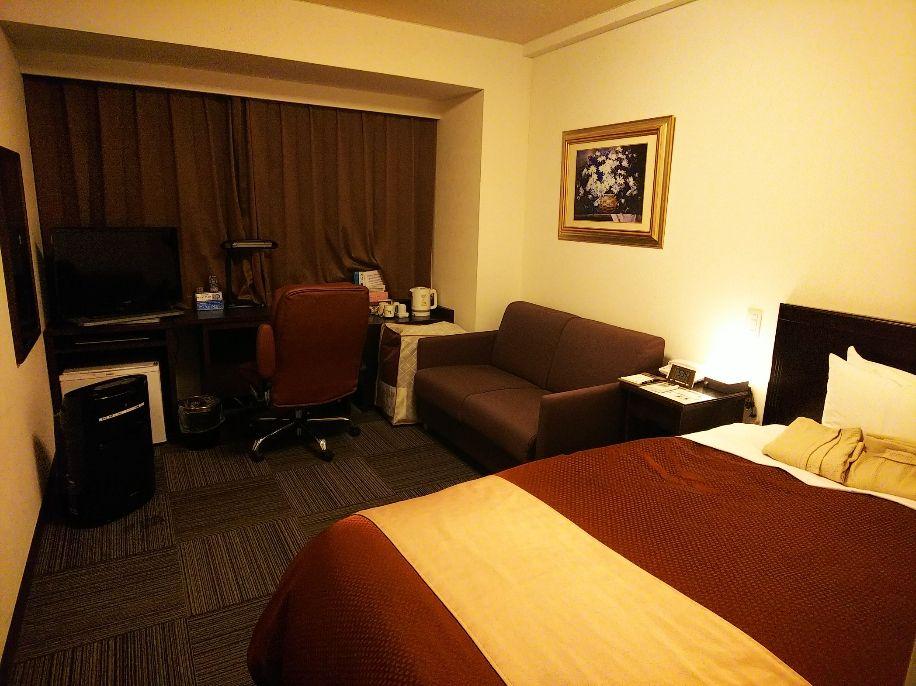 お部屋の中は広々と設備も充実、ゆったりと過ごせます!