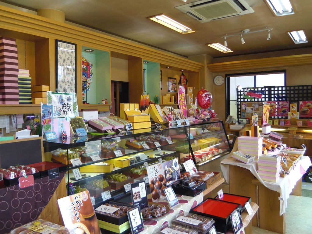 「くずシャリシャリ」以外にも美味しい和菓子・洋菓子が勢揃い
