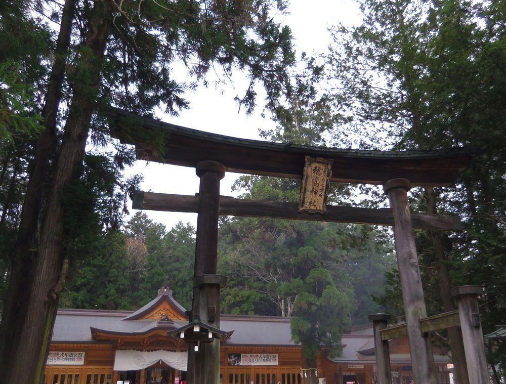 信濃国の三宮・穂高神社は日本アルプスの総鎮守