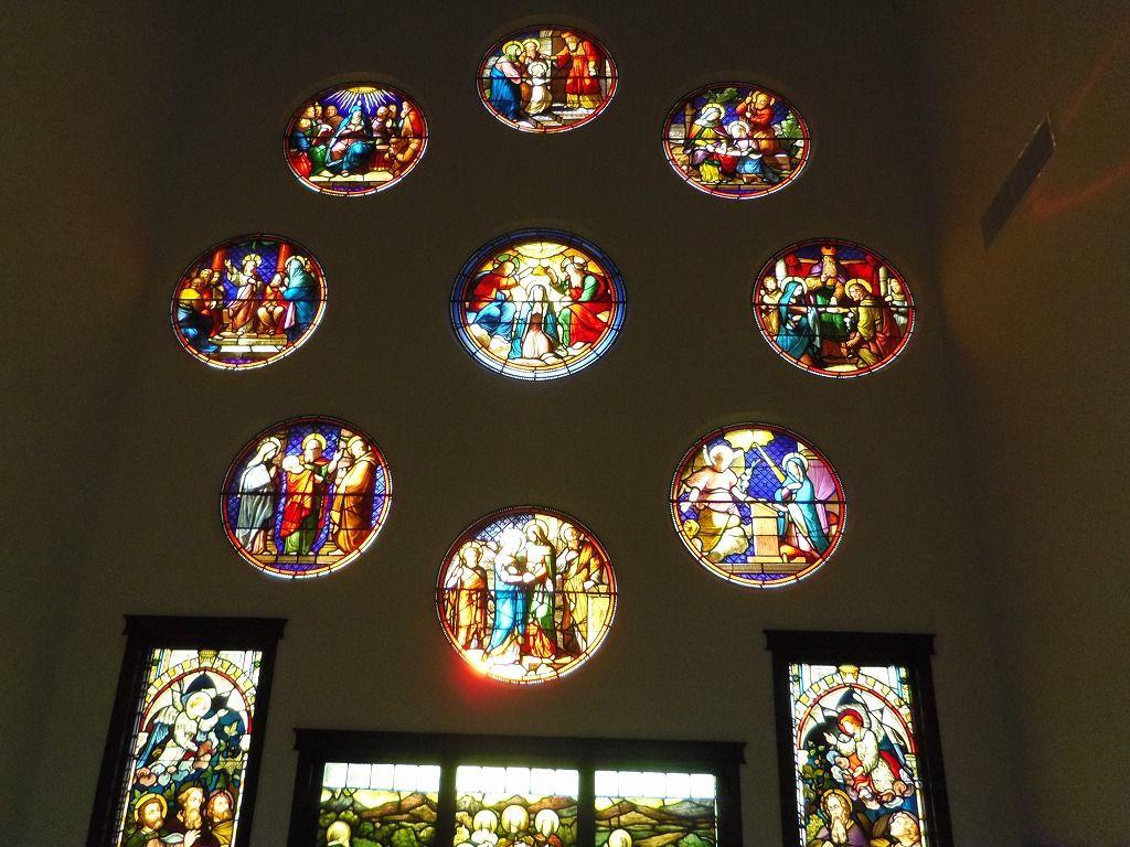 光と色彩が織りなす美しき空間・静岡「掛川ステンドグラス美術館」