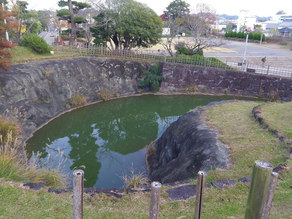 城を護る十露盤堀と三日月堀