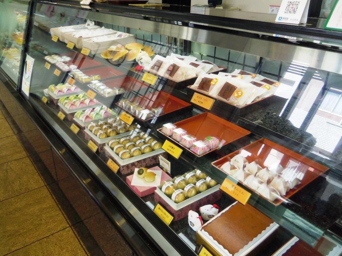 和洋菓子店「幸月本家」は和風パフェ