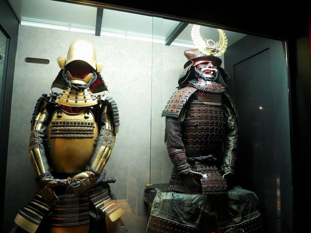 甲冑にジオラマ・パネルなど館内は見どころいっぱい!