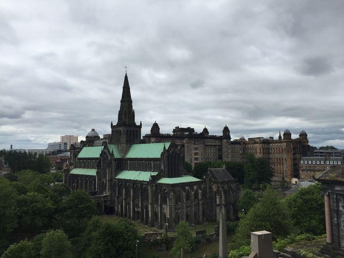 「グラスゴー大聖堂」撮影の穴場スポット!景色もしっかり楽しむ