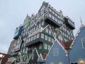 何コレ!ユニークなのに居心地最高な「インテル・ホテルズ・アムステルダム・ザーンダム」