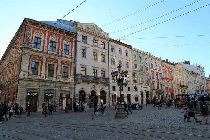 世界遺産の街並み!風光明媚な旧市街を街歩き