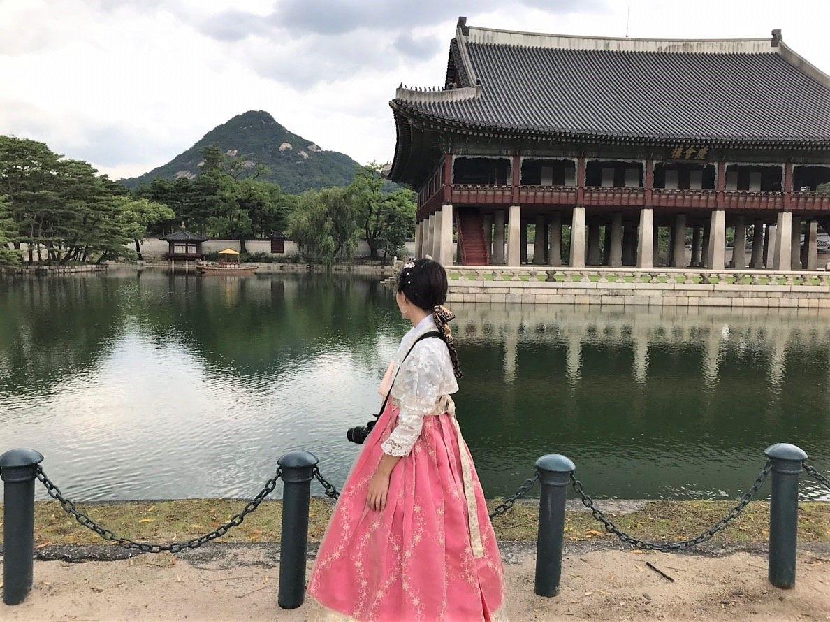 歴史の色づく「景福宮」でお妃様気分に