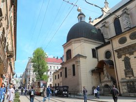 レトロなトラムに乗って!世界遺産の街ウクライナ「リヴィウ」の街歩き
