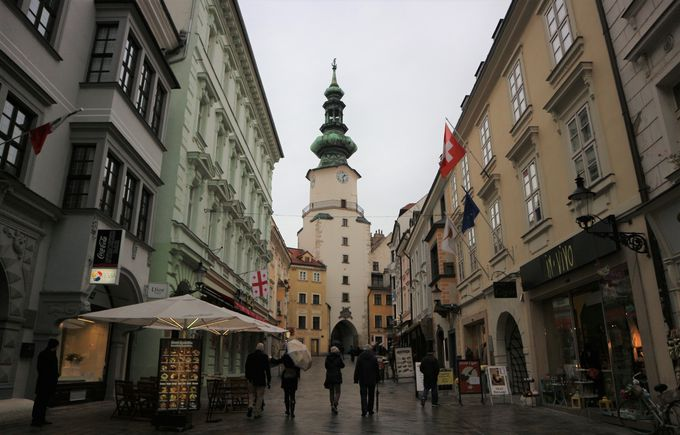 旧市街への入り口「ミハエル門」