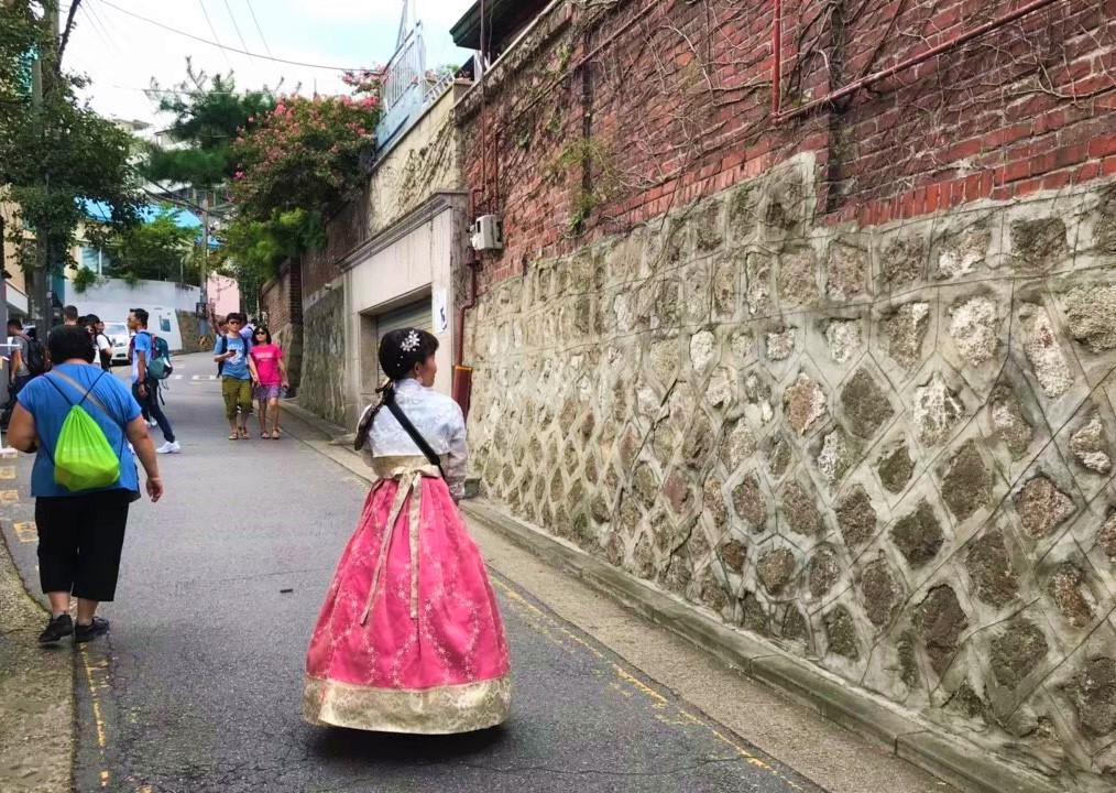 北村韓屋村、景福宮へ歩いて行けちゃう!韓服を着てソウルを散策