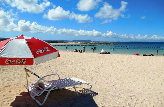 青い空と白い砂、透明な海と安全対策!ぜんぶそろった愛されビーチ