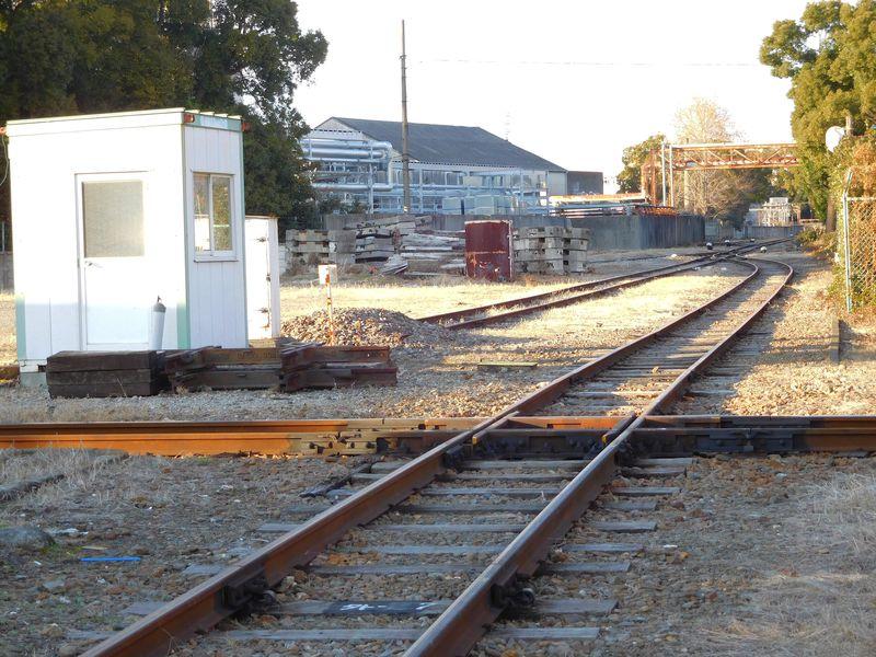 日本に1つの鉄道ダイヤモンドクロス!名古屋鉄道・築港線の線路が奏でる鉄道ロマン