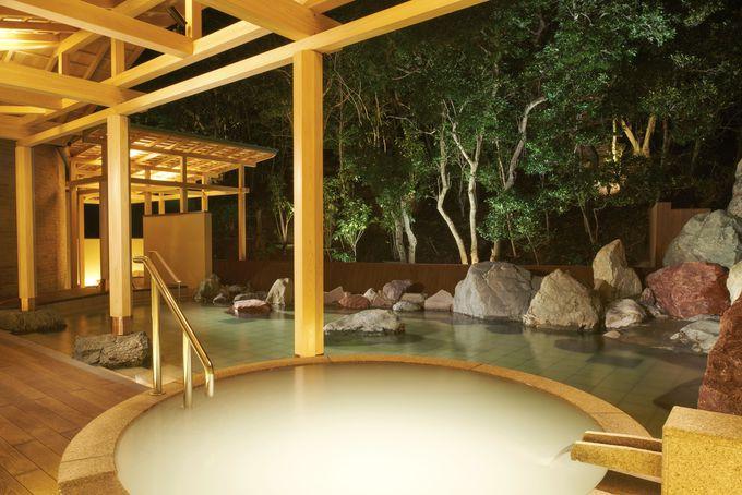 白浜温泉の名湯に浸かる2つの「温泉サロン」