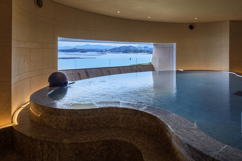 白浜温泉で女子トークが止まらない!ホテル川久「温泉サロン ROYAL SPA」