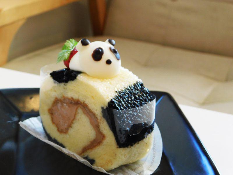 南紀白浜の海カフェ「福菱 Kagerou cafe」はパンダケーキもあり!