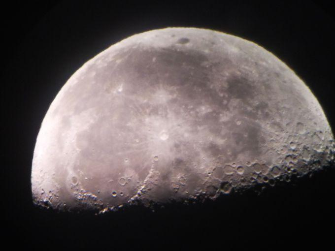 自分のスマホで月面撮影もOK