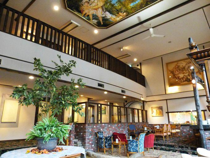 下呂温泉「紗々羅」は古木とアンティークの美しいお宿