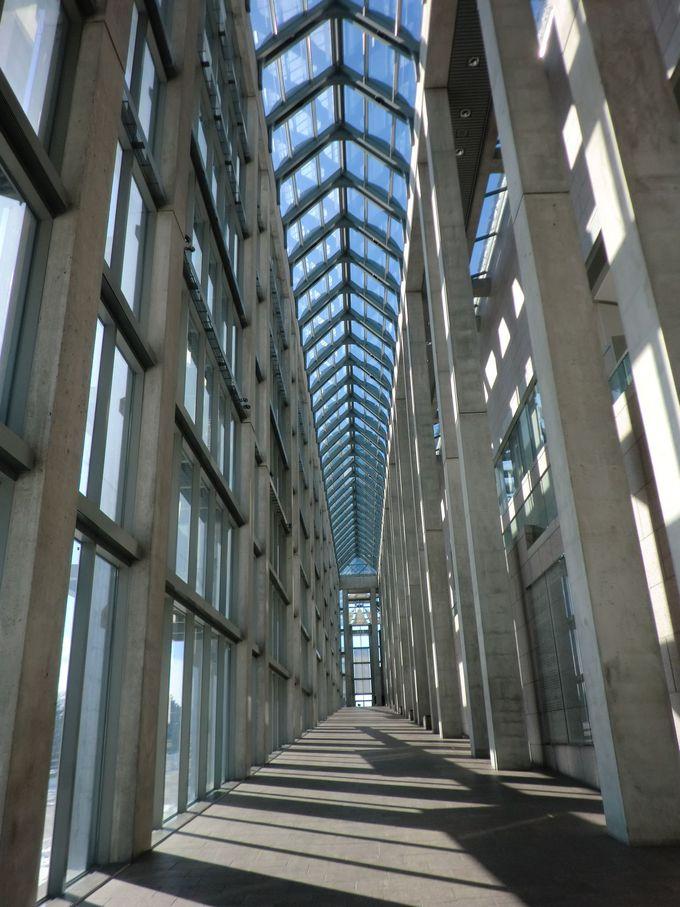 カナダ国立美術館は外観も美しい