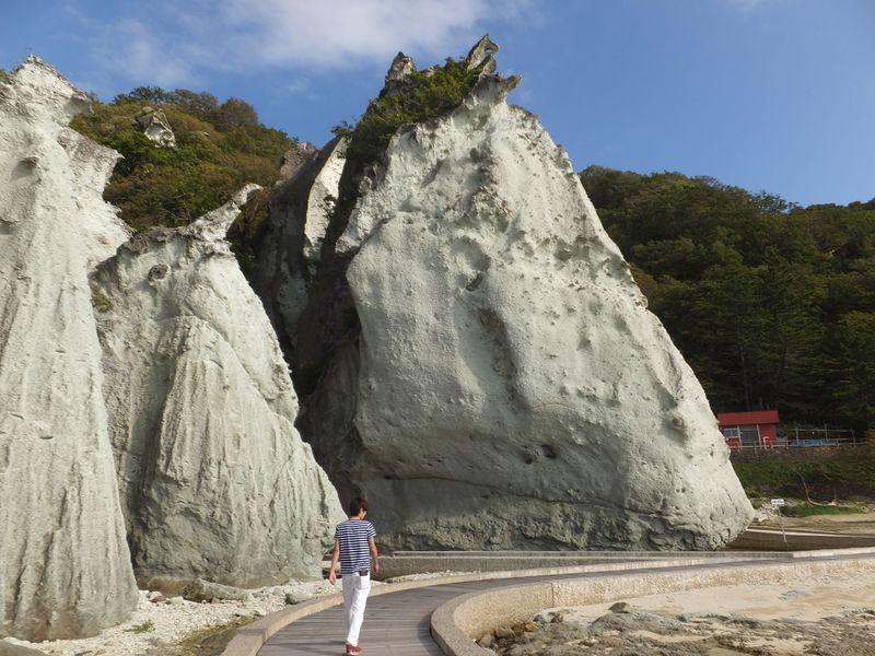 奇岩!仏ヶ浦〜尻屋崎を巡る下北ジオパークの見どころ