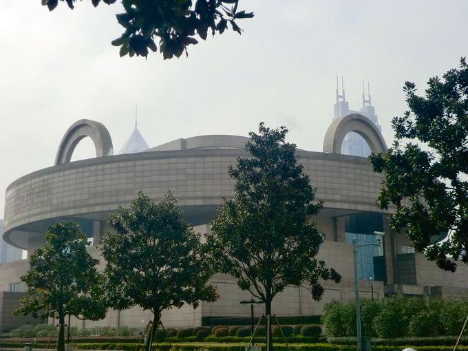 上海博物館はどこにある?