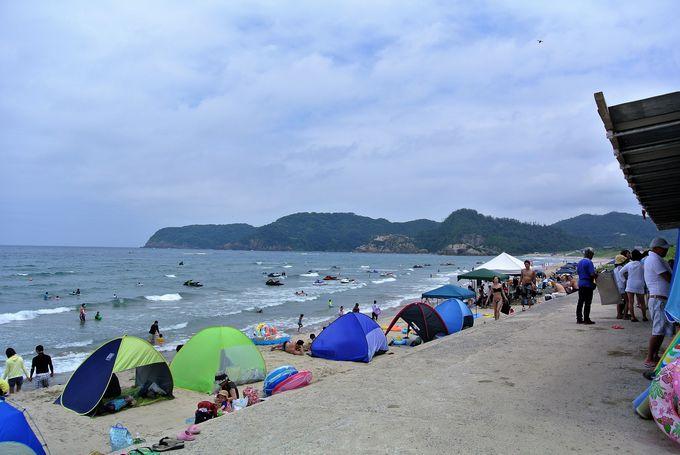 美しい砂浜が印象的「浦富海水浴場」