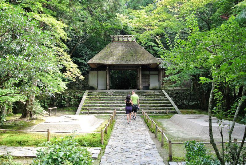 癒しの庭園を無料で満喫できる大人スポット 京都「法然院」