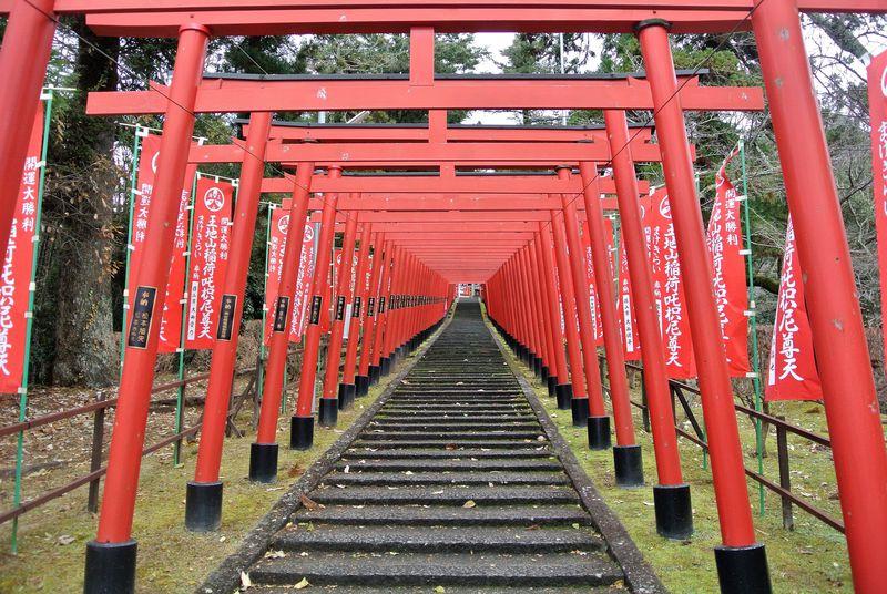 古き良き日本文化と歴史を体感!兵庫「河原町妻入商家群」