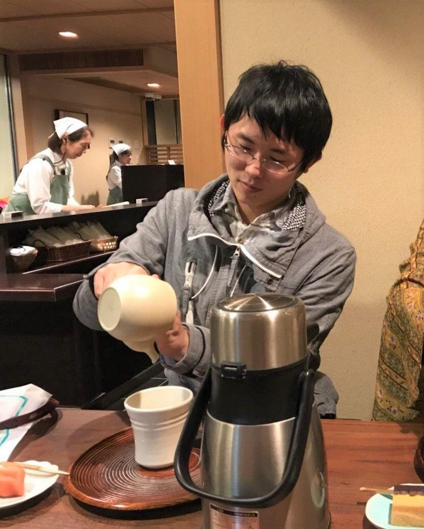 「喫茶室嘉木」で自分で淹れたお茶を飲んでみよう!