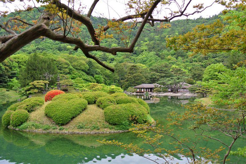 写真好き必見の大名庭園!香川「栗林公園」は絶景ポイント満載