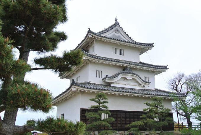 江戸時代に完成した丸亀城