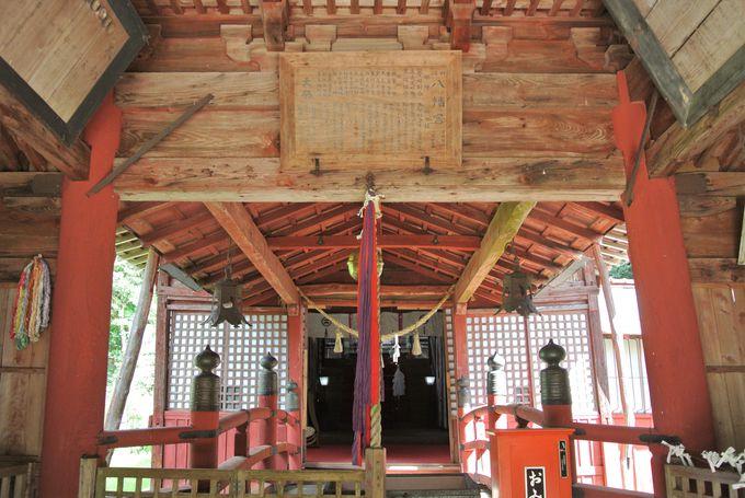美しい神社建築を間近で見学