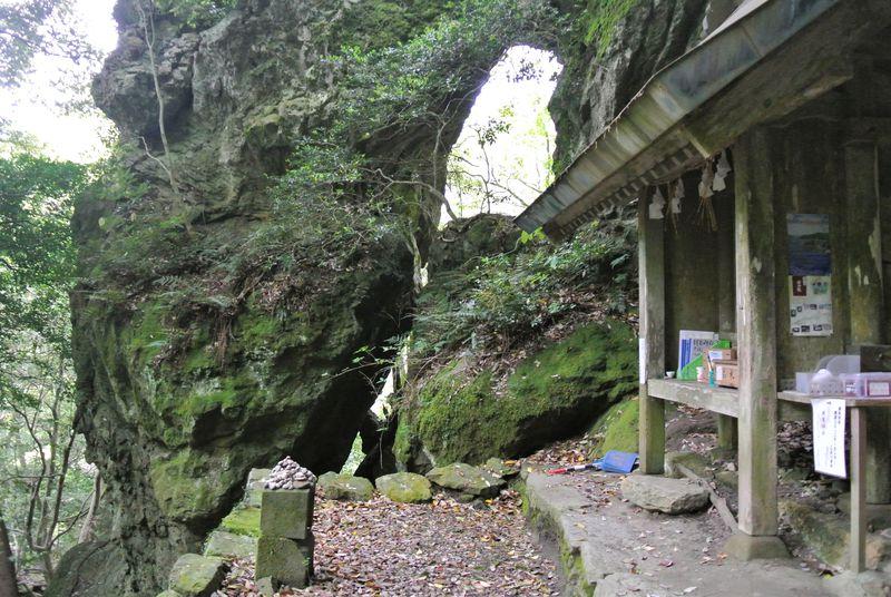 参道の険しさにビックリ!島根「韓竈神社」のお参りは超大変